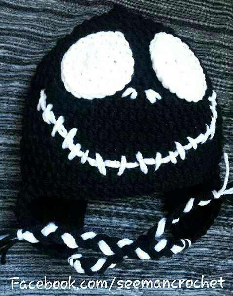 Jack Skellington Hat Knitting Pattern : 19 best images about Winter shit on Pinterest Loom, Fashion scarves and Cro...