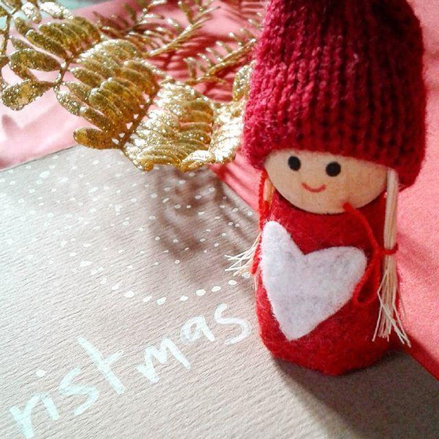 Merry Christmas ⛄ #wewishyoumerrychristmas #wishes #auguri #buonnatale #natale2016 #christmasiscoming #christmasishere #bestwishes #tigerhappiness #tigershop #tigerstore #flyingtiger #elfi #itsthemostwonderfultimeoftheyear #tistheseason #merrychristmas #natalestaarrivando #tantiauguri #2016 #december #winter #christmasholidays #christmasmood #christmasatmosphere