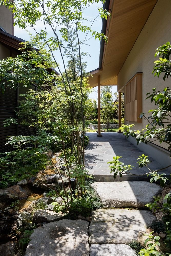 Gallery of A Nurturing Family Home / Takashi Okuno Architectural design office - 2