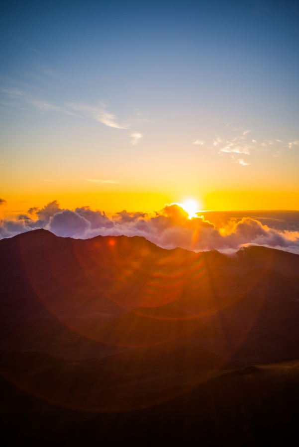 Maui Haleakala Sunrise by Jeremy Morton http://www.hawaiiactive.com/activities/maui-haleakala-sunrise.html