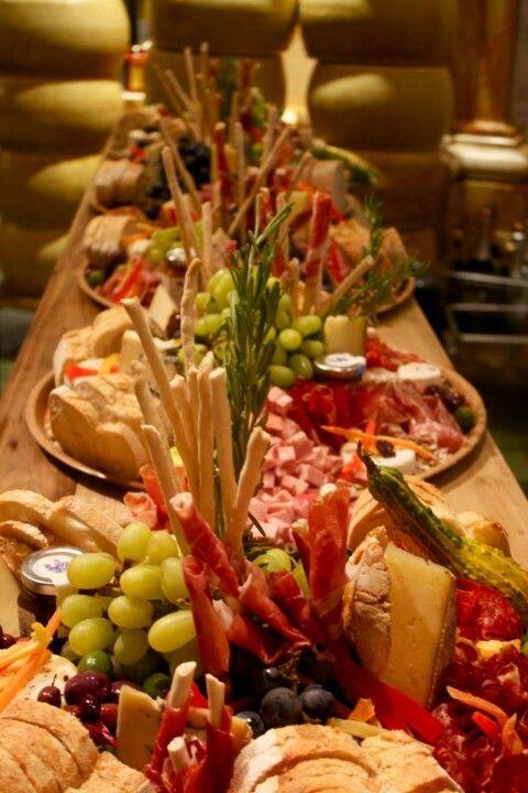 25 best ideas about italian buffet on pinterest bouchee for Italian decoration food