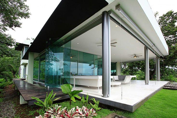 Triangulo House in Guanacaste, Costa Rica by Ecostudio Architects