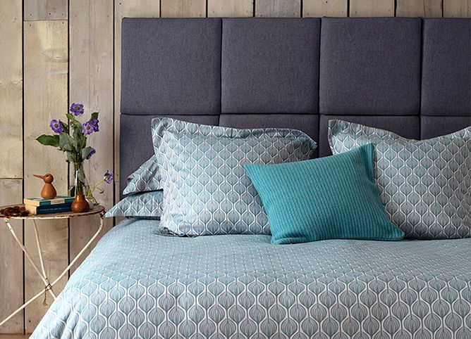 Whats the deal with teal. Decorating with teal. Secret Linen Store. Teasels Teal bed linen.