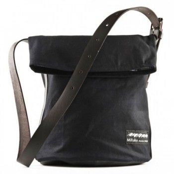 Bega-laukku. Hinta 98€