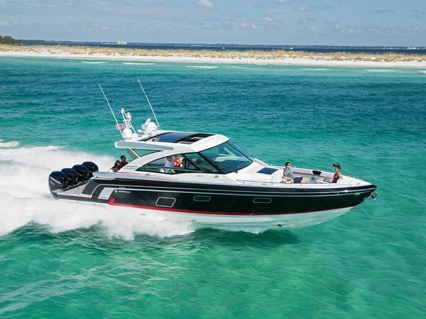Use these 50 top boating tips to improve your skills and become a better boater. Covering a wide range of boating topics, there's something for every boater to increase their knowledge.