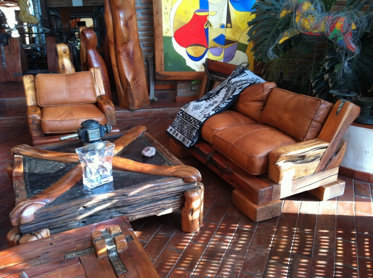 Pack de sillones de roble con cojines de cuero. www.facebook.com/nativoredwood