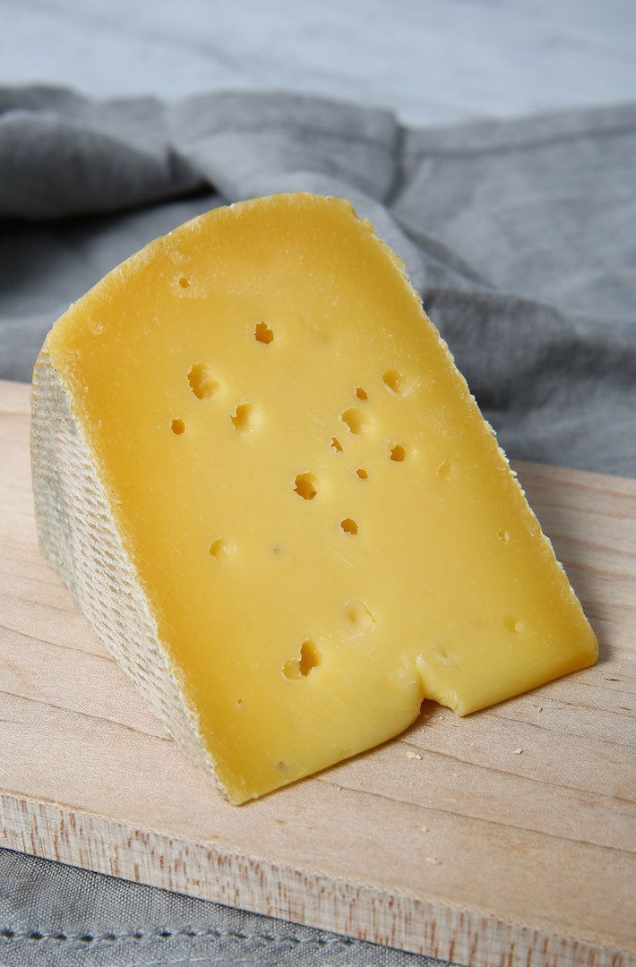 Cumberland: A tomme style, natural-rinded cheese made exactly in the style of Tomme de Savoie, except that it's made with whole milk instead of the traditional skimmed.