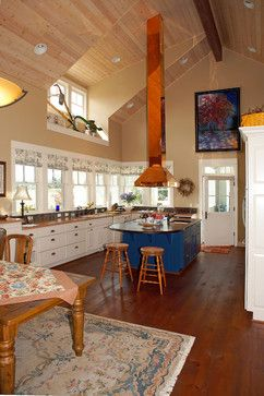 Houzz Kitchen HOODS | Kitchen with copper range hood. farmhouse-kitchen