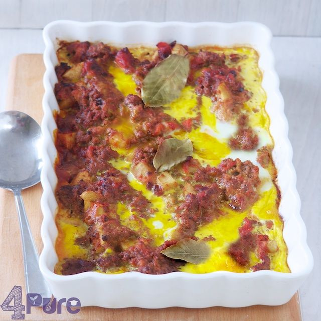 This Bobotie is spicy, fresh and aromatic. A delicious recipe for autumn when the weather gets colder.