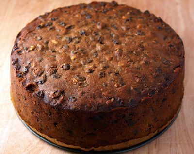 Easy Christmas Cake Recipe – REAL EPICUREAN
