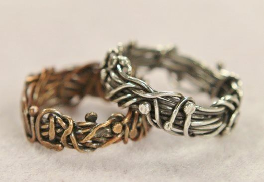 cool ring... Wire Ring Making With Eva Sherman: 5 Tips for Making Stylish Wire Rings and More - Jewelry Making Daily - Blogs - Jewelry Making Daily