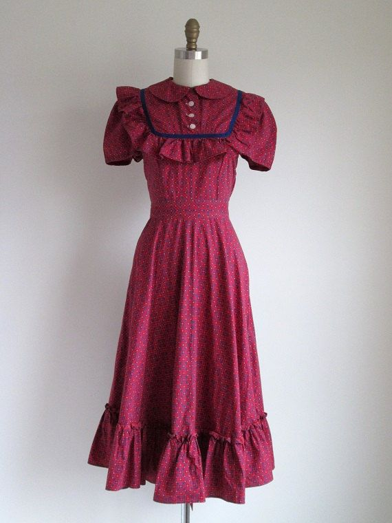 1000  ideas about Peasant Dresses on Pinterest - Medieval dress ...