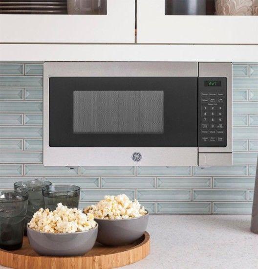 GE - 0.7 Cu. Ft. Compact Microwave - Stainless Steel/Black - AlternateView13 Zoom