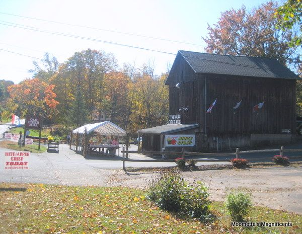Connecticut apple cider mill barn #Connecticut #barn  http://moomettesmagnificents.com/blog/apple-cider-mill-connecticut-wordless-wednesday/