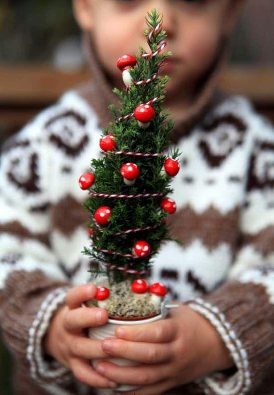 Christmas Gnomes Pinterest.8 Miniature Christmas Fairy Garden Ideas You Can Make In