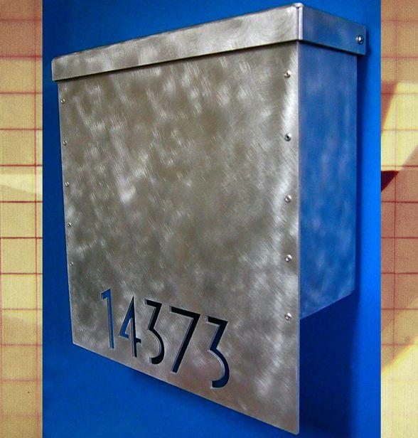 Cassetta postale in alluminio spazzolato #arredamento #design #accessori
