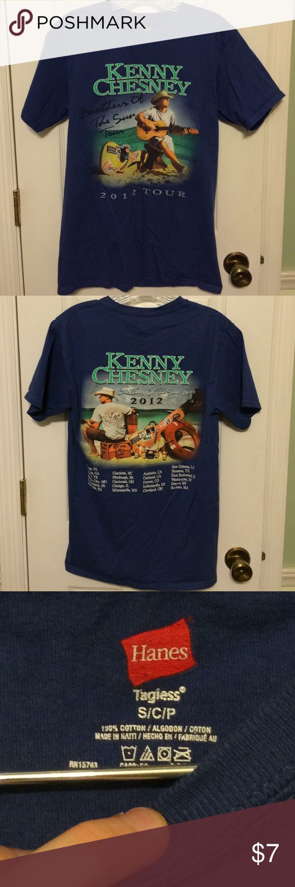 "Kenny Chesney Concert Tee This is a size Small Kenny Chesney concert tshirt from his 2012 ""Brothers of The Sun"" Tour!! It's is beautiful condition and has tour dates listed on the back! No holes, stains, or tears! Hanes Tops Tees - Short Sleeve"