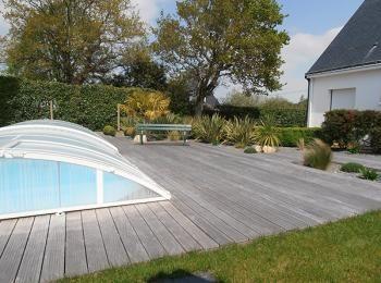 Entourage piscine bois jardin pinterest st nazaire for Piscine st nazaire