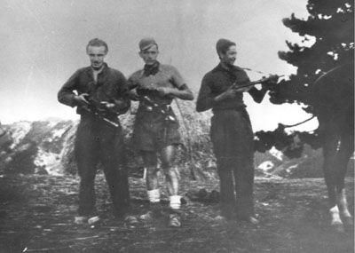 Partigiani della compagnia di Cachi a Cà Torre di Fontana Moneta (ottobre 1944)