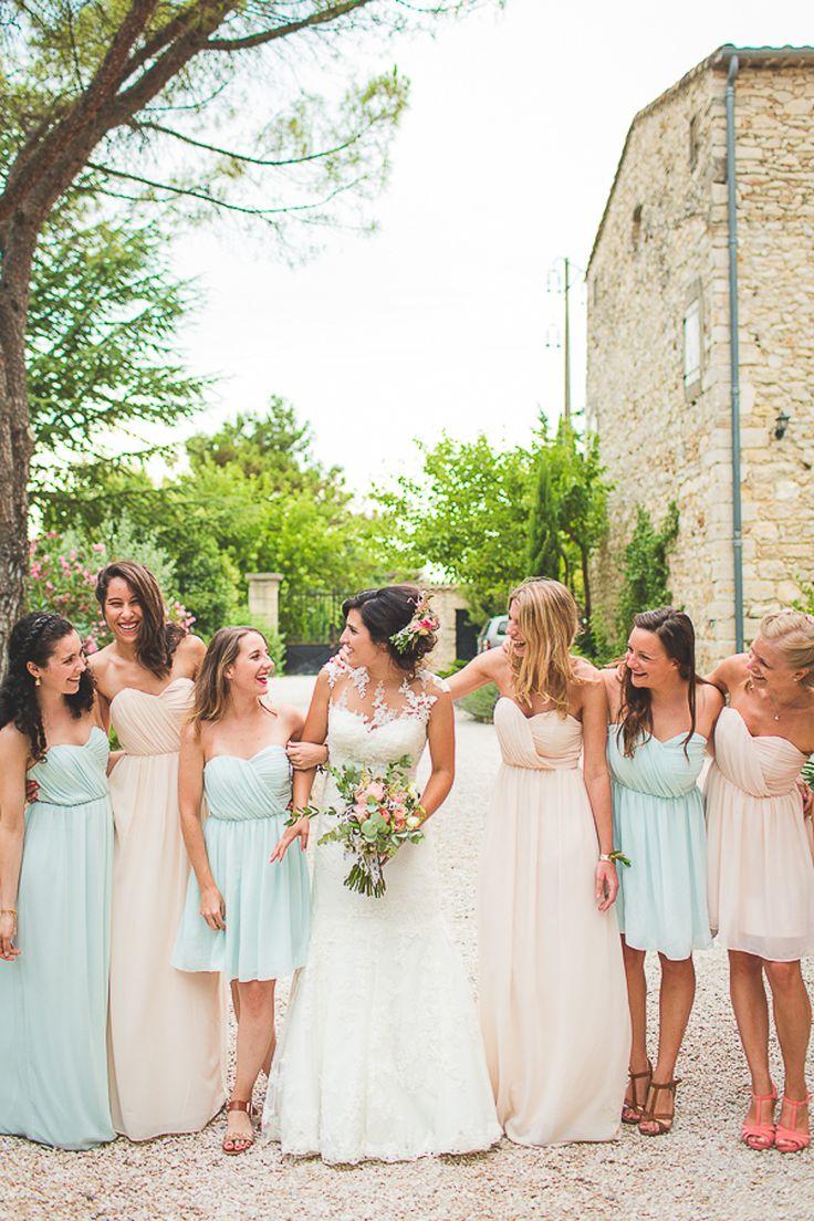 mariage champêtre dans le sud de la france , bridesmaids , mariage bleu et rose , blue and pink wedding