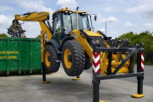 JCB's new 4CX Wastemaster backhoe loader via @letsrecycle