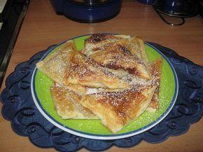 Blätterteig mit Apfelfüllung, im Sandwichmaker gebacken.