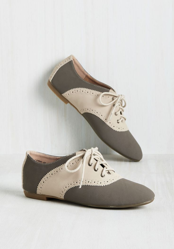 Academic Excellence Flat in Stone. Flaunt your knowledge of fashionable footwear by trotting between classes in these faux-leather Oxford flats! #grey #modcloth