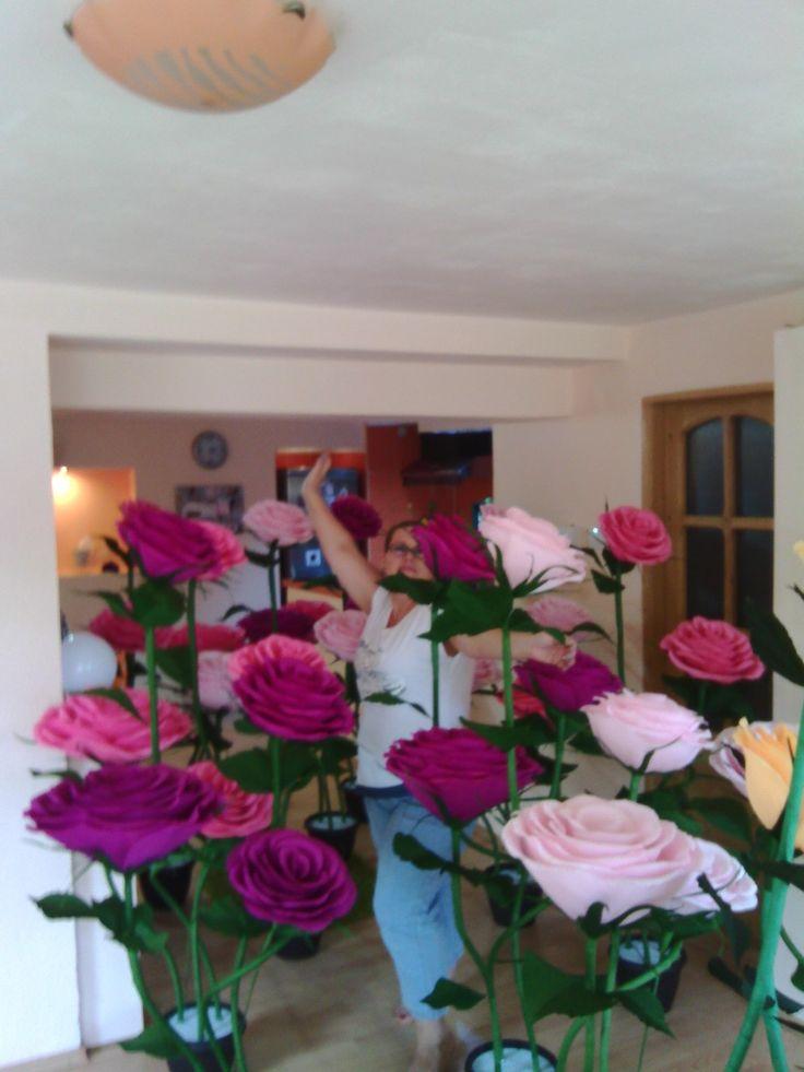 Flori pentru sala de nunti. Mai multe modele facebook:UlianaHandmade