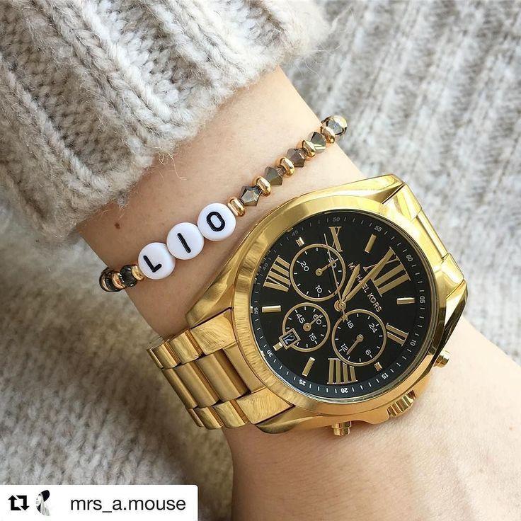 Liebe Amelie  ganz lieben Dank für das wunderschöne Foto   ganz viel Freude mit deinem personalisiertem Swarovski Armband #handmade #dyckjewelry #happyclient  __________________________________ #Repost @mrs_a.mouse with @repostapp  Danke an @dyck_jewelry für das tolle Armband #swarovski#24k#goldplated#liomylove#19122016