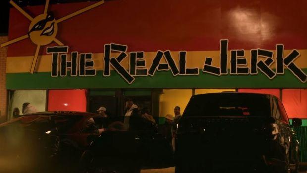 #Rihanna is keeping her #Work authentically #Caribbean putting the spotlight on a popular #Toronto  #Jerk bar  http://www.newsamericasnow.com/rihanna-puts-spotlight-on-toronto-jamaican-jerk-bar/