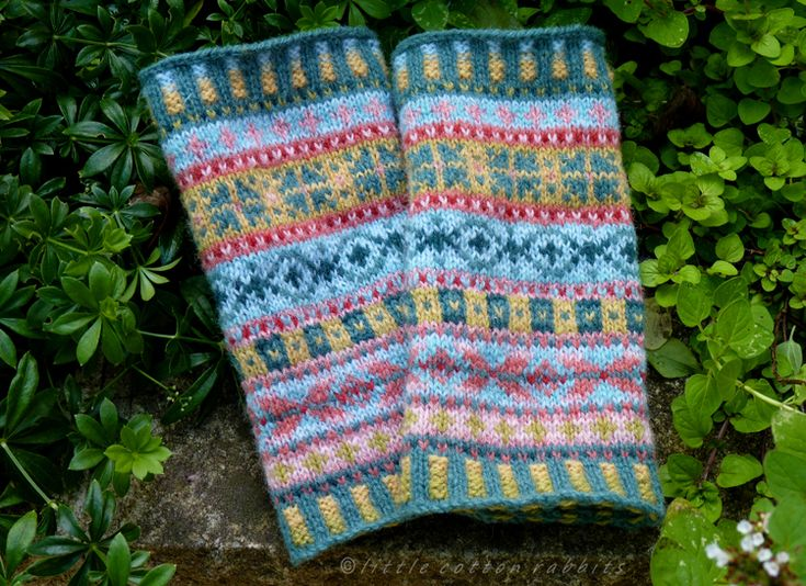 129 best Fair isle knitting images on Pinterest | Fair isle ...