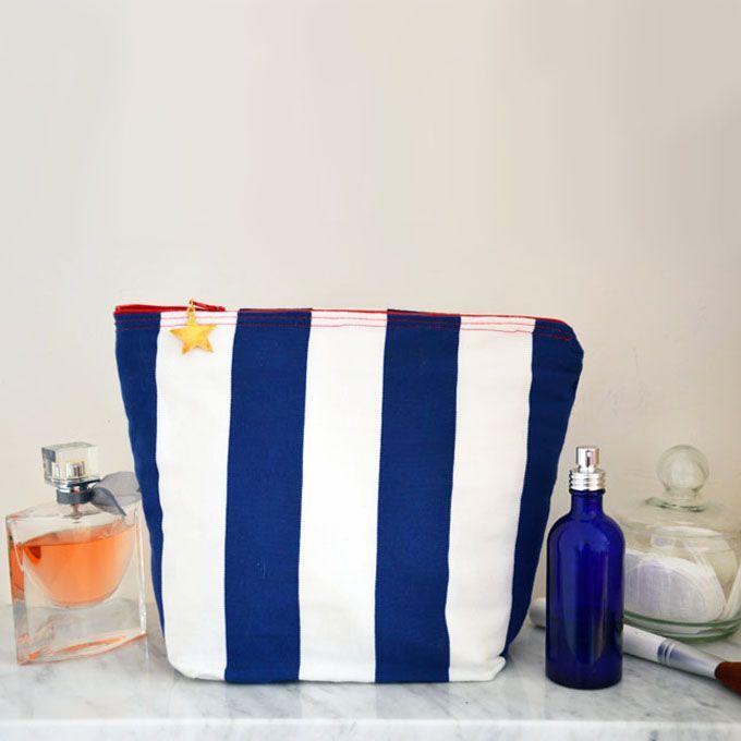 Tutoriel couture gratuit pour créer une trousse de toilette avec doublure en toile cirée