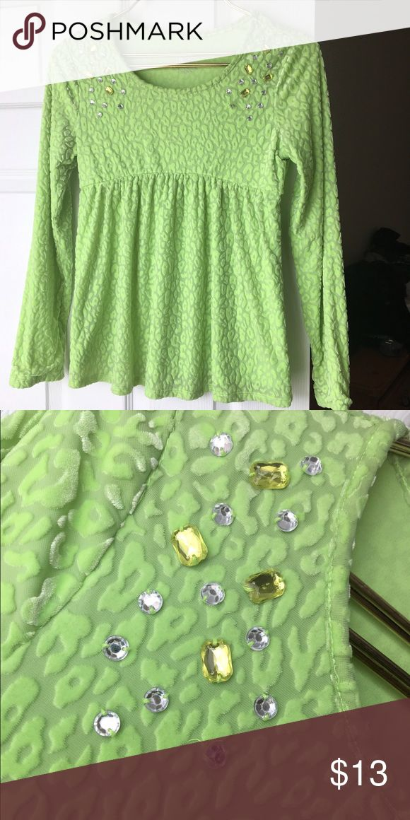 Justice lime green shirt Justice size 14 long sleeve green animal print tunic. So cute! Justice Shirts & Tops