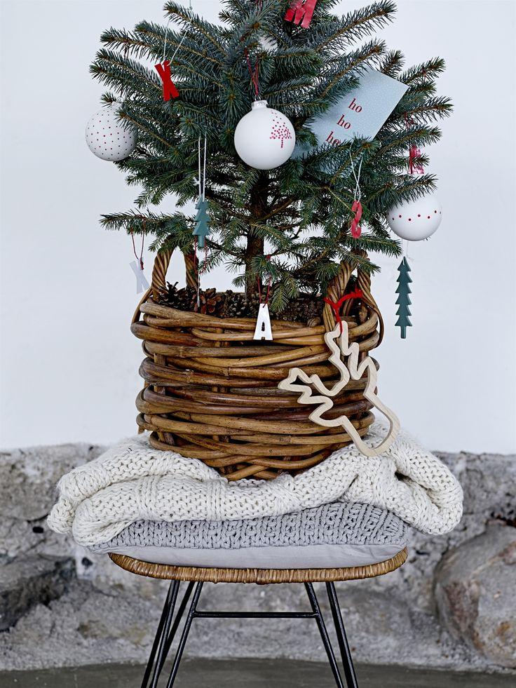 Weihnachtsbaumschmuck Holzornamente Natur 4 Teilig Von Bloomingville