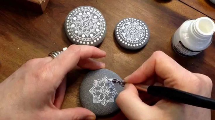 Mandala Painted Pebble video.  White ink and calligraphy pen. Daler-Rowney FW acrylic ink.