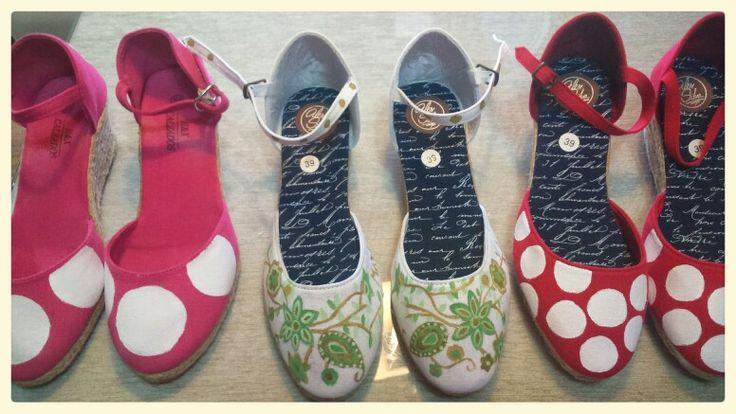 Ideales zapatillas. Las encontraras también en Facebook página TrazaHilvanes.   Elige las tuyas
