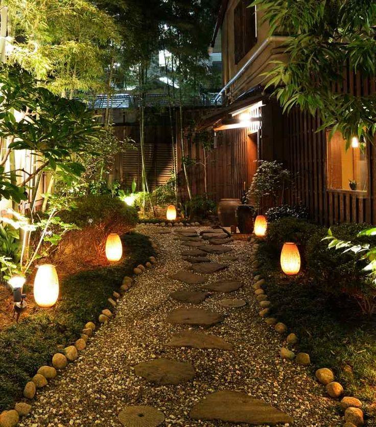 lumi re ext rieur pour jardin terrasse et balcon un jeu d 39 ombres f tes landscape lighting. Black Bedroom Furniture Sets. Home Design Ideas