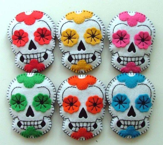felt sugar skulls. dia de los muertos
