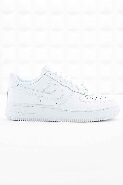 Shoes: nike, sneakers, white, tumblr, grunge, summer, white sneakers, nike sneakers, platform sneakers, nike air - Wheretoget
