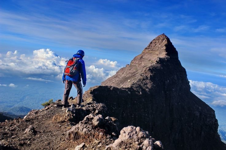 Look at people go down from peak of 17, Raung Indonesia