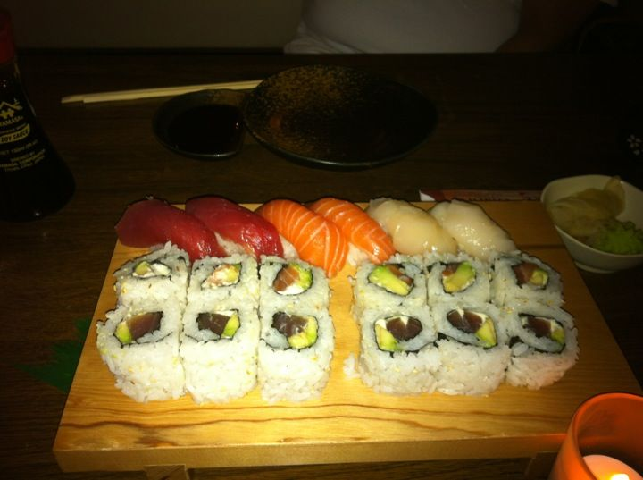 Fresh sushi dishes for a good price