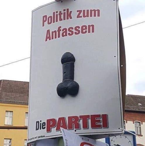 19 Beweise, dass DIE PARTEI 2017 die lustigsten Plakate des Wahlkampfes hatte