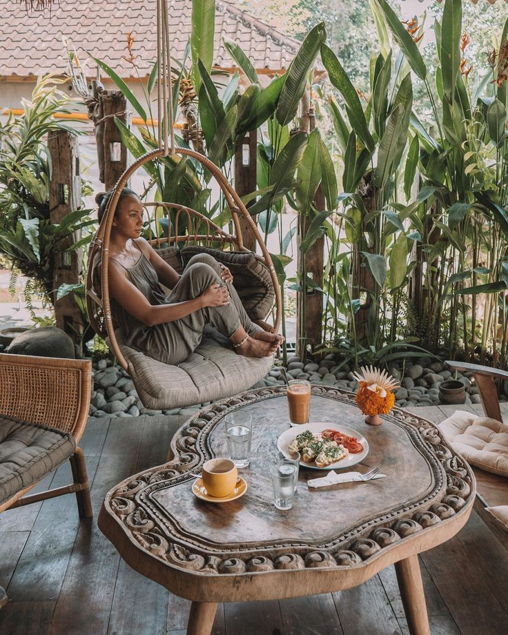 Yellow Flower Cafe in Ubud, Bali in 2020 Ubud, Flower