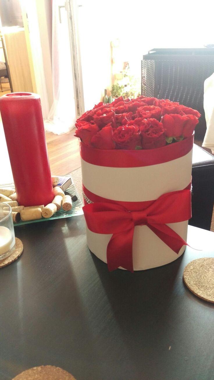 rosebox red