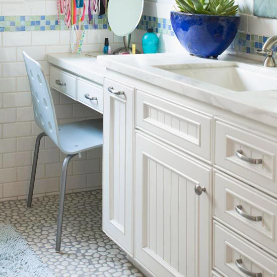 Low cost bathroom updates vanities hardware and bathroom for Bathroom updates