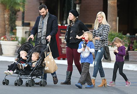 Tori Spelling And Family Have Lunch Out Without Dean McDermott: Pic - Us Weekly