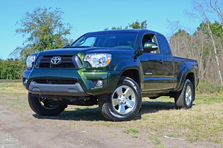 2014 Toyota Tacoma PreRunner Access Cab TRD Quick Spin Back To The Future http://www.automotiveaddicts.com/41744/2014-toyota-tacoma-prerunner-access-cab-trd-quick-spin-back-to-the-future