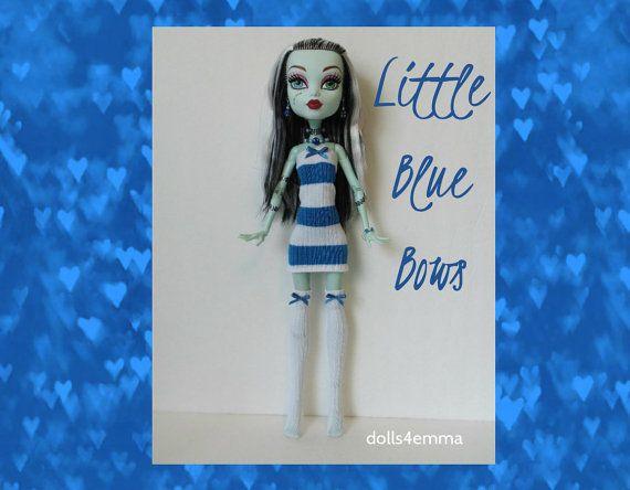 VERKOOP - Monster High 17-inch Doll kleding - dij hoge kousen, blauwe gestreepte jurk + sieraden - handgemaakte aangepaste fashion door dolls4emma