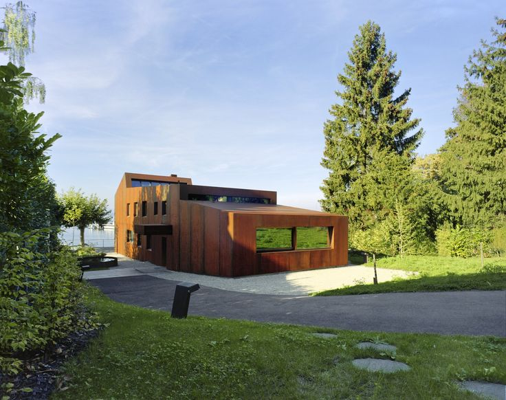 Best A Sculptural Steel Abode On Lake Geneva Is Up For Auction 400 x 300