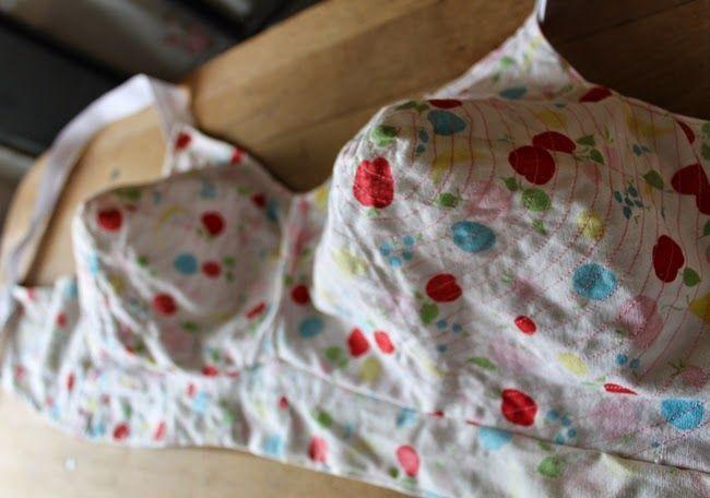 Va-Voom Bullet Bra Sew-Along and Free Pattern | Va-Voom Vintage with Brittany